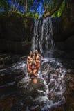 Waterval Kbal Spean in Kambodja stock foto's