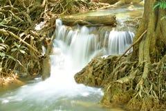 Waterval Kroeng Krawia, Kanchanaburi-Provincie, Thailand Stock Afbeeldingen
