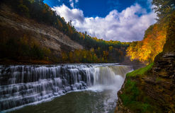 Waterval in Letchworth, NY Stock Afbeeldingen