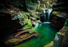 Waterval in Macquarie-Pas Australië stock foto's