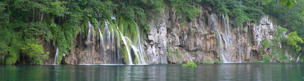 Waterval in meer Plitvice (jezera Plitvicka) Royalty-vrije Stock Afbeelding