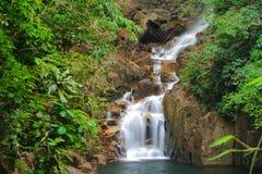 Waterval in nationaal park Stock Afbeeldingen