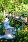 Waterval in nationaal park Krka in Kroatië stock afbeelding