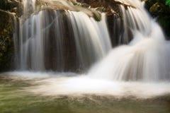 Waterval in nationaal park Rila stock foto's
