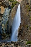 Waterval in Nationaal Park Yosemite Stock Foto's