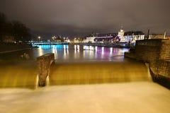 Waterval in stad royalty-vrije stock foto