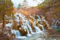 Waterval in Vallei Jiuzhai Stock Foto