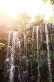 Waterval in wildernis Royalty-vrije Stock Foto's