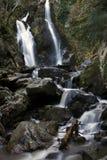 Watervallen bij de Herfst stock afbeeldingen