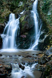 Watervallen bij de Herfst stock fotografie
