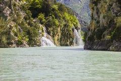 Watervallen in de kloven du Verdon in de Provence stock afbeeldingen