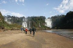 Watervallen en trekking royalty-vrije stock fotografie