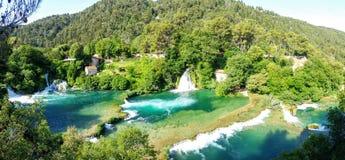 Watervallen in het Nationale Park van Krka, Kroatië Stock Afbeeldingen