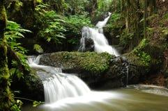 Watervallen op verscheidene niveaus -- Horizontaal Royalty-vrije Stock Foto's