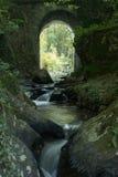 Watervallen in Rivier in Frankrijk Stock Foto