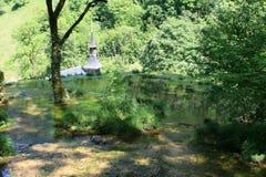Watervallen van baume-les-Messieurs royalty-vrije stock afbeelding
