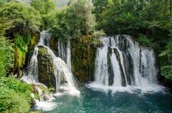 Watervallen van Una-rivier in Martin Brod stock foto's