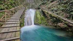 33 watervallentoevlucht in Sotchi Rusland Stock Afbeelding