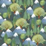 Waterverf naadloos patroon van vlakke reeks van bomen en blauwe mounta Royalty-vrije Stock Afbeeldingen