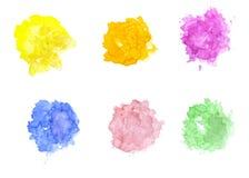Waterverfvlekken/plonsen op wit worden geïsoleerd dat Hand getrokken illustratie palette royalty-vrije illustratie
