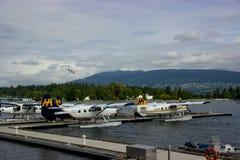 Watervliegtuig die in Vancouver, Brits Colombia, Canada landen Royalty-vrije Stock Foto
