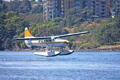 Watervliegtuig het landen Royalty-vrije Stock Foto's