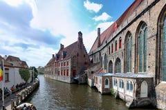 Waterway av Bruges, Belgien fotografering för bildbyråer