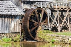 Waterwiel op Mabry-Molen in Virginia Royalty-vrije Stock Fotografie