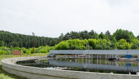 Waterwork limpiado de la clarificación del agua de aguas residuales Imagen de archivo
