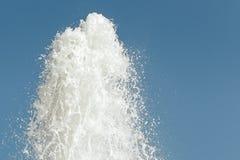 Waterworks потока фонтана Стоковые Фото