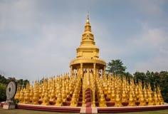 Watpasawangboon o templo de 500 pagodes dourados Imagem de Stock Royalty Free