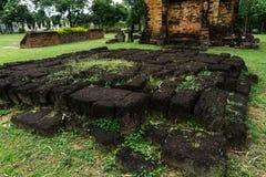 Watphrathai Dum Amphoe antiguo Mueang, Sakon Nakhon Imagenes de archivo