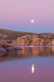 Watson Lake Full Moon Imagen de archivo