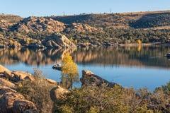 Watson Lake i höst Arkivbilder