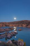 Watson Lake Supermoon Reflection Royaltyfri Bild