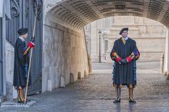 Watykańscy strażnicy Obrazy Royalty Free