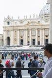 Watykan, pielgrzymka w deszczu Zdjęcia Royalty Free