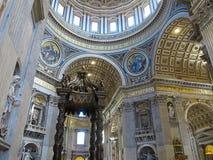 19 06 2017, watykan: Saint Paul ` s katedry wnętrze Zdjęcie Royalty Free