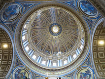 19 06 2017, watykan: Salowy wnętrze St Peter ` s Basilic Obrazy Stock