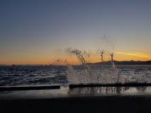 Wave al tramonto fotografie stock libere da diritti