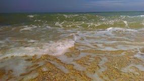 wave för tungt hav för kraschar Fotografering för Bildbyråer