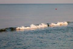 wave för tungt hav för kraschar Arkivbild