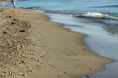Wave på stranden Arkivbilder