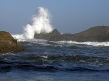 Wave Splashing onto Oregon Coastline Royalty Free Stock Photography