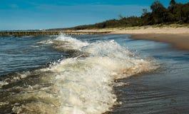 Wave sulla riva Fotografia Stock Libera da Diritti