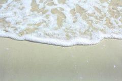 Wave sulla sabbia 1 Fotografia Stock Libera da Diritti