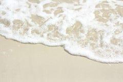 Wave sulla sabbia 2 Fotografie Stock Libere da Diritti