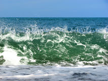 Wave about to crash Royalty Free Stock Photo