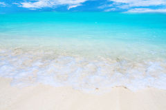 Wave on tropical beach Royalty Free Stock Photography