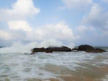 Wavebreaker Fotos de Stock Royalty Free